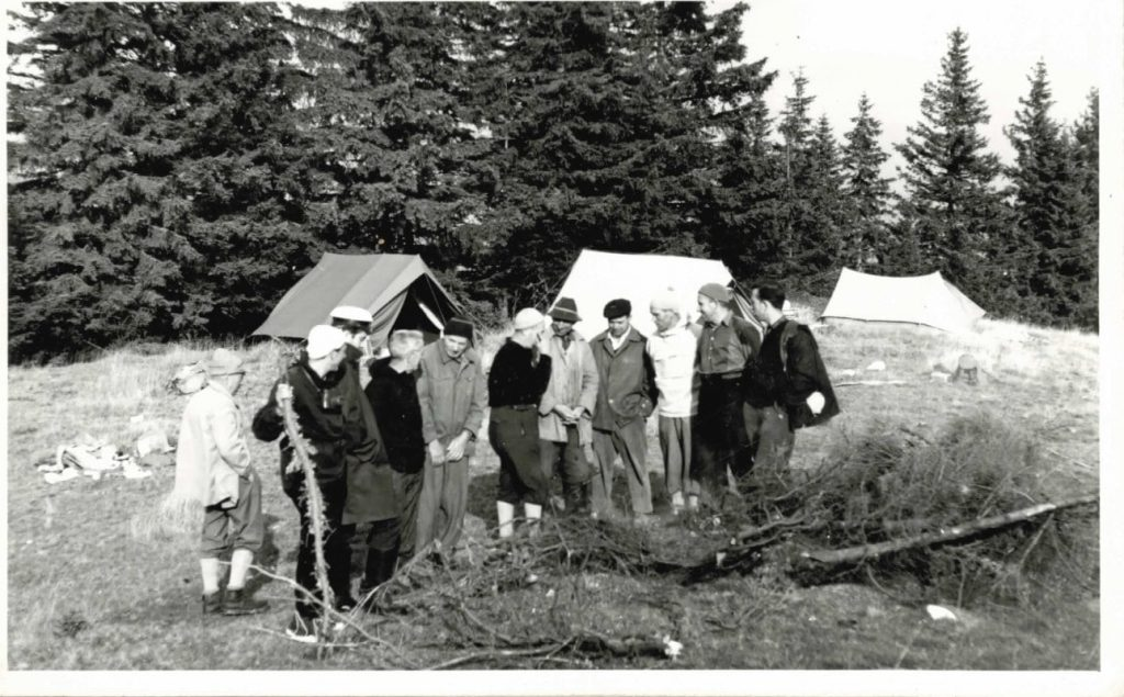 Tabăra de explorare Avenul Funduri 1967 (Podul Vițeilor)